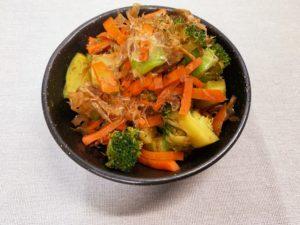 野菜丸ごとおかかサラダ